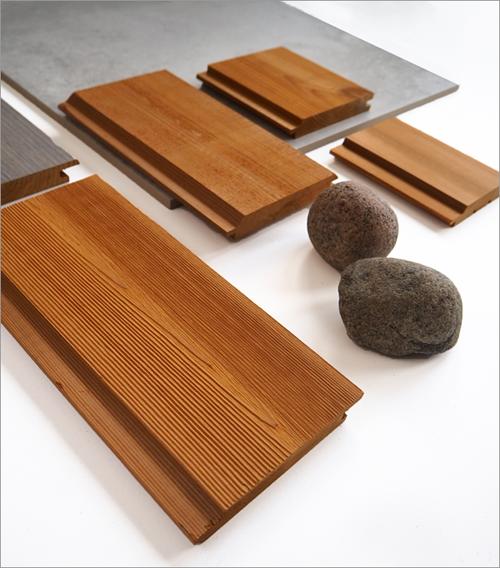 Listones de madera termotratada de Lunawood para exteriores.