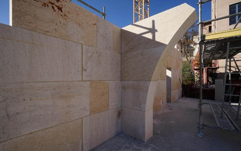 Proyecto de construcción masiva en Lyon, Francia. Por WYSWYG ARCHITECTURES sillares de piedra suministrados por Rosal Stones.