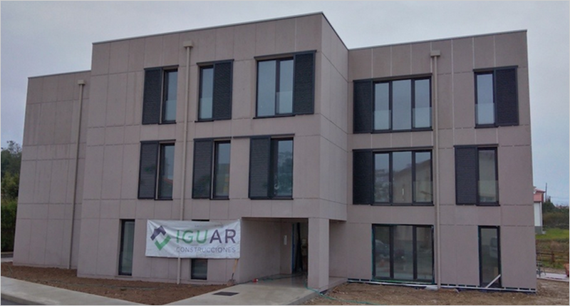 Figura 1. Edificio pasivhaus plurifamiliar promovido por la Consejería de vivienda y ss sociales.