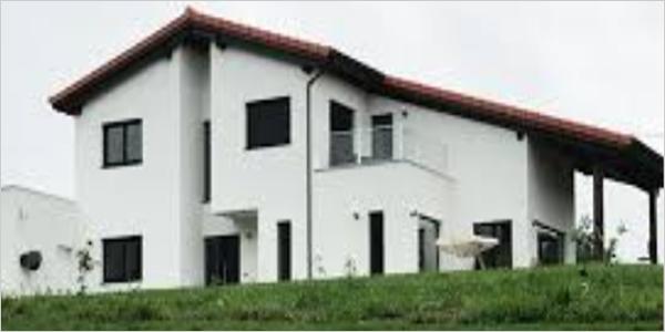 Figura 2. Vivienda unifamiliar EECN autosuficiente en La Manjoya, Asturias.