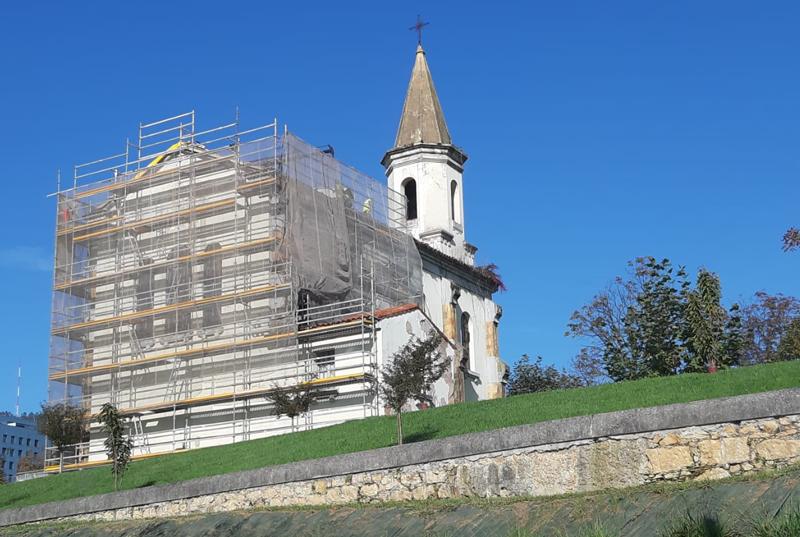 Iglesia de la Cadellada, en obras