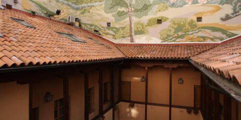 Onduline participa en las obras de retejado e impermeabilización de la cubierta de una corrala madrileña