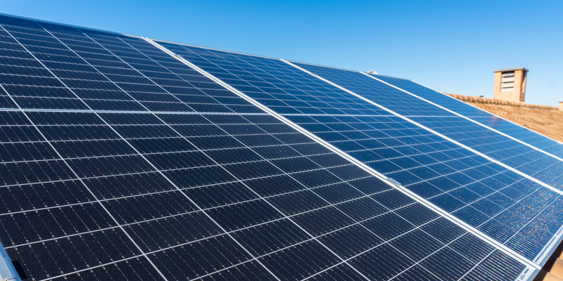 placa solar en cubierta