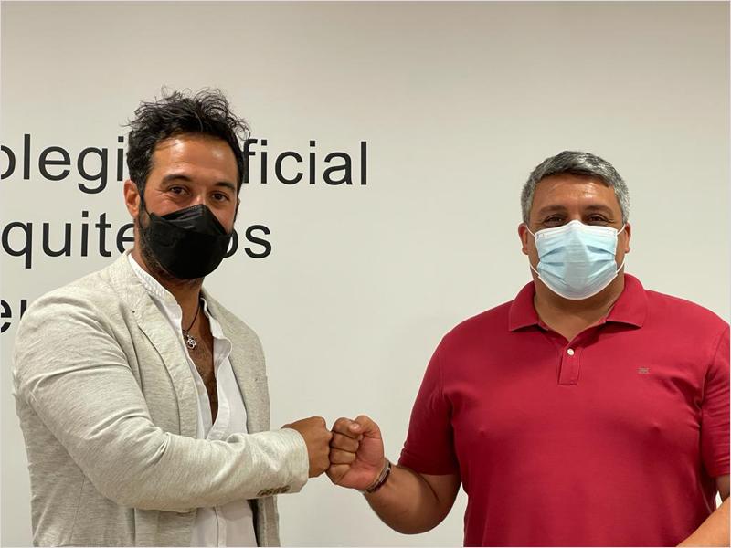 El consejero de Medio Ambiente y Servicios Urbanos, Yamal Dris, y el presidente del Colegio Oficial de Arquitectos de Ceuta, José María Mora